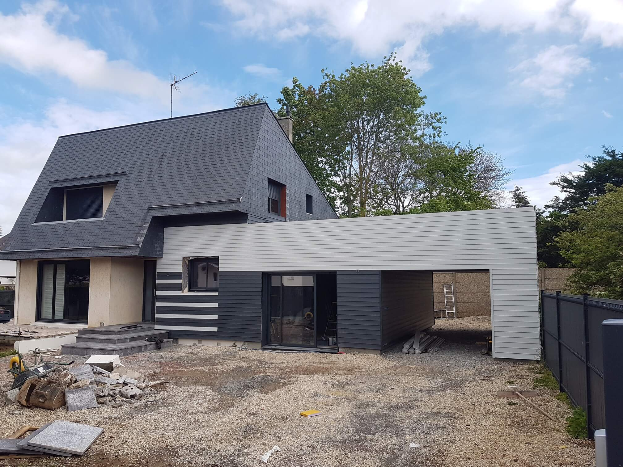 Ossature bois upstructures caen for Extension maison bois etage